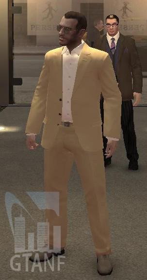 VOTRE LOOK... - Page 3 Costume_sport_beige_et_ceinture_Armani_SCARFACE